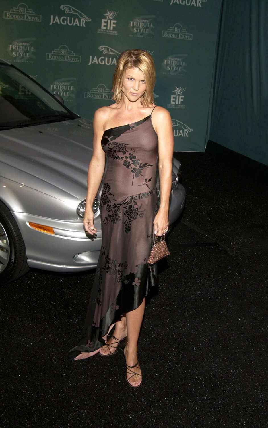 Index Of Pictures Lori Loughlin