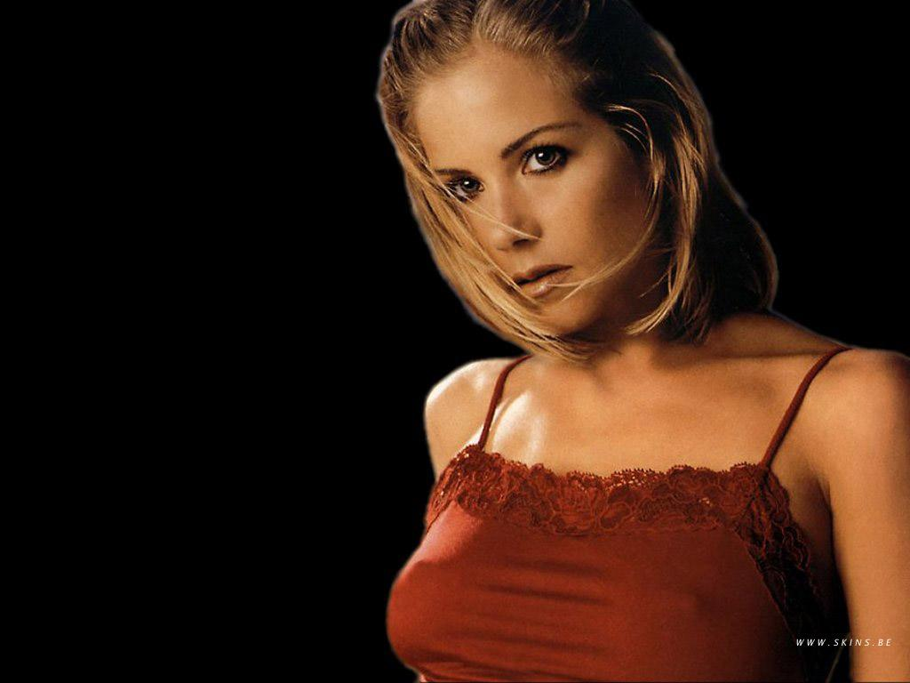 christina applegate wallpapers - gossip rocks